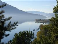 Frescoed apartment in top location on Lake Como. Sleeps up to 6 adults and 2 children.