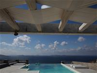Amazing views from the privacy of your infinity pool