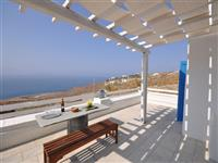 Delightful villa built in the Cycladic style