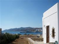 Close to the sea, beaches, town and all facilities. Ideal for families or  freinds.