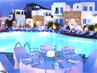 With a 500 m2 pool, children's pool, hammam, sauna, jacuzzi and fitness centre.